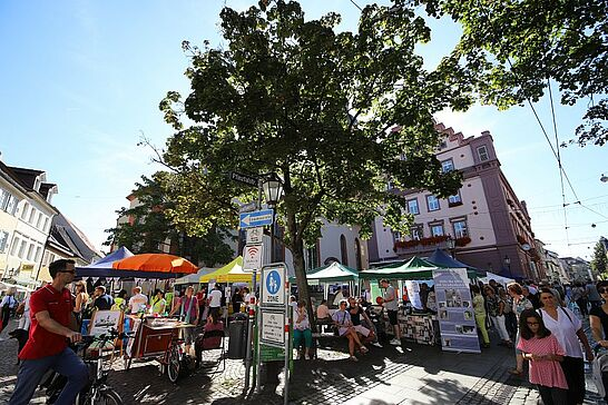 """15 Verkaufsoffener Sonntag, Weinfest, MdM, Kerwe, Kindertag - """"Feschtles-Marathon"""" in der Durlacher Altstadt – dieses Mal bei bestem Kerwe-Wetter. (99 Fotos)"""