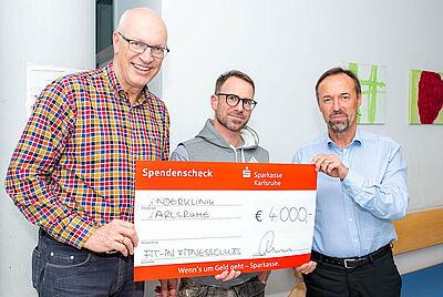 (v.l.) Prof. Peter Schmittenbecher, Steffen Werner und Prof. Joachim Kühr. Foto: pm