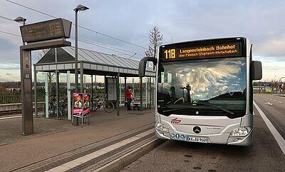 Abfahrt der Linie 118 am Zündhütle. Fotos/Karte: pm