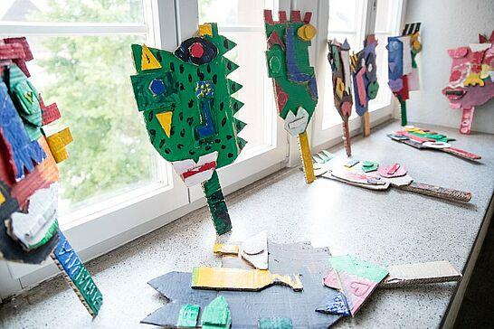 """18 Kinder-Kunst-Ausstellung im Rathaus Durlach - Mit Unterstützung von """"Durlacher Selbst e.V."""" konnte am Kindergarten Lußstraße ein Kunstprojekt realisiert werden. (43 Fotos)"""