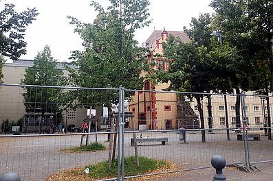 Provisorischer Pausenhof der Schloss-Schule. Foto: cg