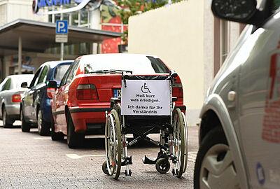 In Durlach bereits angetestet: die neue Kampagne von Cent hinterm Komma e.V. Foto: ARTIS, Uli Deck