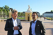 Zu Besuch in Karlsruhe bei OB Dr. Frank Mentrup war Joint Secretary & Mission Director Kunal Kumar vom Ministerium für Wohnungswesen und städtische Angelegenheiten. Foto: jowaka /Stadt Karlsruhe