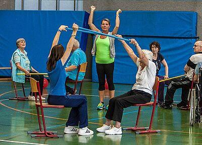 Bewegung für Menschen mit neurologischen Handicaps. Foto: Paul Needham