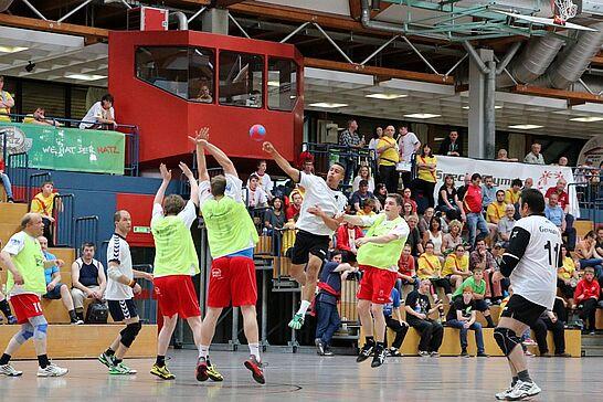 """14 Heimspiel IV – Das inklusive Handballturnier - Bei """"Heimspiel IV"""" zeigten SO-Mannschaften aus der gesamten Republik drei Tage lang ihr Können. (298 Fotos)"""
