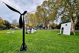 Kunstparcours in Durlach (Standort: Alter Friedhof). Foto: cg
