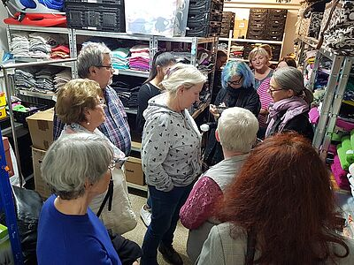 Besuch der Bürgergemeinschaft bei der Durlacher Tafel. Foto: pm
