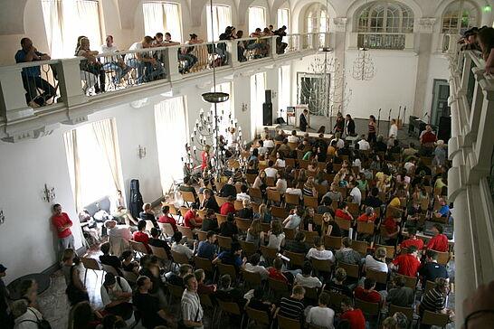 27 Infoveranstaltung gegen Rechts - Das Stadtamt Durlach lud Schülerinnen und Schüler zu einer Informationsveranstaltung gegen Rechts ein. (18 Fotos)