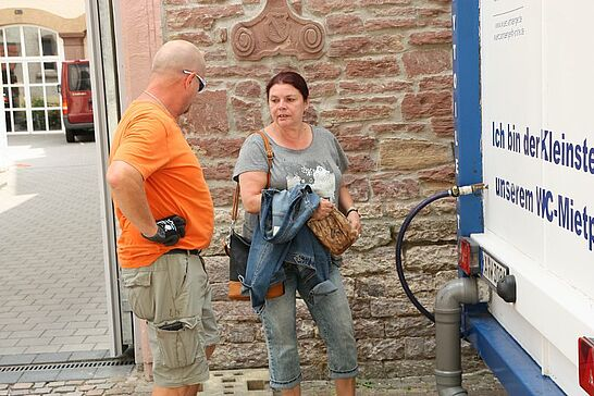 12 Durlacher Altstadtfest – Aufbau - Durlacher.de begleitete 3 Tage lang mit der Kamera die unzähligen Helfer beim Aufbau des 42. Durlacher Altstadtfests. (85 Fotos)