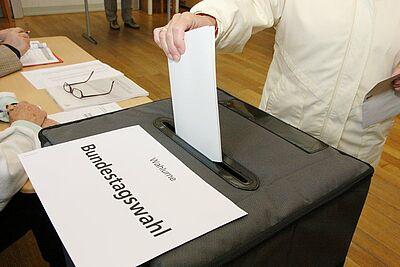 Viele Behinderte, die bisher kein Wahlrecht hatten, würden gerne wählen. Foto: cg