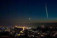 Astrofotograf Gernot Meiser gelang am 16. Juni auf dem Turmberg diese Aufnahme. Der Meteor wurde insbesondere in Belgien, aber auch in Frankreich, den Niederlanden und in Deutschland gesichtet. Foto: Gernot Meiser