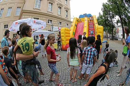 18 Durlacher Kinderfest - Im Rahmen des Stadtgeburtstags veranstalteten die Durlacher Schulen rund um die Karlsburg gemeinsam ein Kinderfest. (104 Fotos)