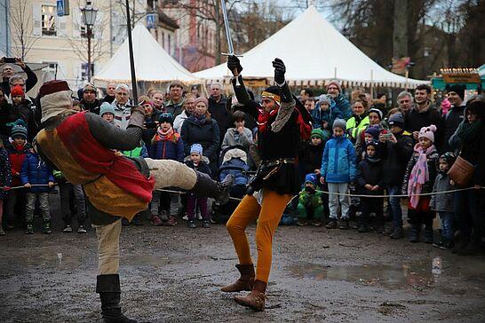 14 Mittelalterlicher Weihnachtsmarkt: Badische Schwertspieler & Nagelkönig - Zum zweiten Mal wurde der Durlacher Nagelkönig ermittelt und die Badischen Schwertspieler zeigten ihre Künste. (59 Fotos)