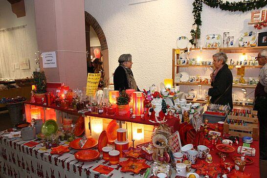 07 Durlacher Martinsmarkt - Der vorweihnachtliche Durlacher Martinsmarkt im Rathausgewölbe lädt bereits zum 29. Mal in die historische Markgrafenstadt ein. (28 Fotos)