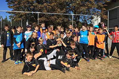 Freude bei den Grundschülern beim 2. Durlacher school-Cup. Foto: pm