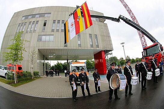 18 Übergabe: Integrierte Leitstelle Karlsruhe - Die Integrierte Leitstelle für Feuerwehr, Rettungsdienst und Katastrophenschutz wurde offiziell in Betrieb genommen. (39 Fotos)