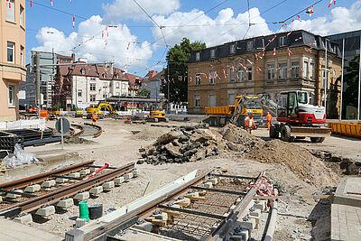 Während der Sommerferien war an der Kreuzung Poststraße / Ettlinger Straße eine Großbaustelle. Ab dem 20. September läuft hier der Verkehr wieder wie gewohnt. Foto: Stadt Karlsruhe