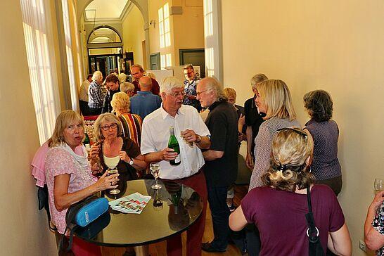 """17 50 Jahre """"Meeting Durlach"""" - """"50 Jahre Meeting Durlach"""" – unter diesem Titel lud das Pfinzgaumuseum im Rahmen der Ausstellung """"Karlsruher Heimaten"""" zum kunterbunten Abend ein. (57 Fotos)"""