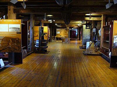 Nur bei Führungen geöffnet: Der Dachspeicher des Pfinzgaumuseums. Foto: cg