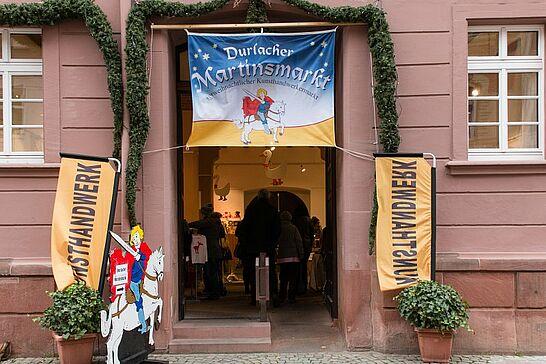 10 Durlacher Martinsmarkt - Der vorweihnachtliche Durlacher Martinsmarkt im Rathausgewölbe lädt bereits zum 27. Mal in die historische Markgrafenstadt ein. (55 Fotos)
