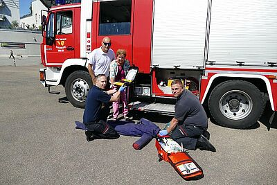 Feuerwehr Durlach steht jetzt unter lebensrettendem Strom. Foto: pm