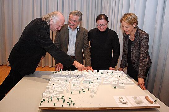 30 Neubau Friedrichschule - Vorentwurf - Die Friedrich-Realschule soll neue Räume bekommen. Im Rahmen einer Mehrfachbeauftragung hatten vier Büros Entwürfe eingereicht. (12 Fotos)
