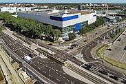 Die Verkehrsführung steht: Im Zuge der Ansiedlung des IKEA-Möbelhauses an der Durlacher Allee wurde die öffentliche Erschließung angepasst. Foto: Stadt Karlsruhe
