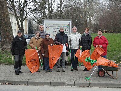 Engagement für die Gemeinschaft beim Frühjahrsputz: Auch die Bürgergemeinschaft Untermühl- und Dornwaldsiedlung nimmt regelmäßig an den Dreck-weg-Wochen teil (Archiv). Foto: pm