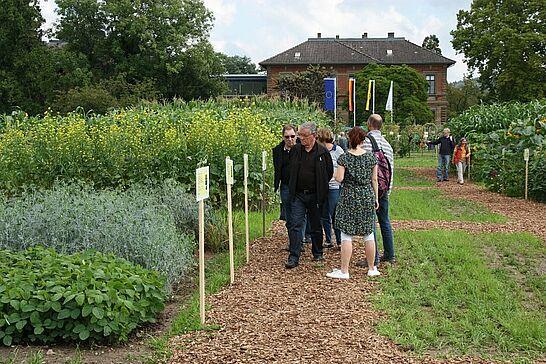 14 Tag der offenen Tür beim LTZ Augustenberg - Das Landwirtschaftliche Technologiezentrum Augustenberg (LTZ) präsentierte sich am 13. und 14. September der Öffentlichkeit. (83 Fotos)