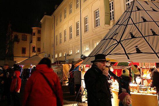 29 Eröffnung der Durlacher Weihnachtsmärkte - Traditionell eröffnen der Weihnachtsmarkt in Rathaus und der Mittelalterliche Weihnachtsmarkt am Freitagabend. (62 Fotos)