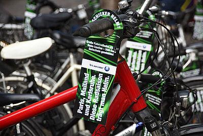 Einkaufsgutschein bei Helmaktion gewinnen. Foto: Stadtplanungsamt Karlsruhe