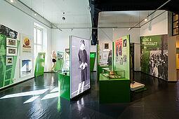 Die Geschichte Karlsruhes in der Weimarer Republik ist nicht mehr nur im Netz, sondern auch wieder analog zu sehen. Foto: Stadtarchiv Karlsruhe