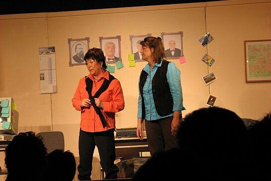 """27 Auemer Bühn: """"Die Nacht der Nächte"""" - Die Theatergruppe des Gesangvereins Durlach-Aue präsentierte auf der Auemer Bühn das Mundart-Theater 2008. (14 Fotos)"""