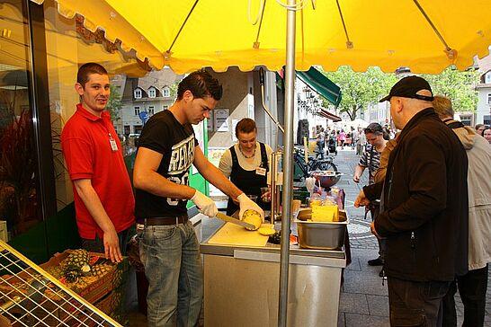 06 Verkaufsoffener Sonntag in Durlach - Zum ersten Mal gab es in Durlach – parallel zu Karlsruhe – auch im Frühjahr einen verkaufsoffenen Sonntag. (37 Fotos)