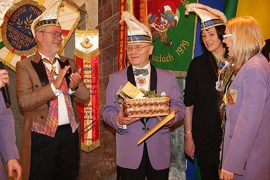 Januar - Ordensmatinee: Gemeinsam mit der 1. GroKaGe lud der Elferrat Lyra ins Casino der Volksbank ein. (1 Galerie)