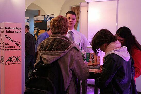 14 Durlacher Azubibörse - Die 5. Durlacher Azubibörse in der Karlsburg zeigte Berufsbilder und Karrierechancen für Jugendliche auf. (24 Fotos)