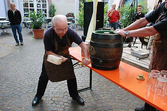 20 Saumarktfest der KaGe Blau-Weiss - Am 20. und 21. Juni 2014 veranstaltet die KaGe Blau-Weiss Durlach das Saumarktfest (mit WM-Übertragung des Deutschlandspiels). (40 Fotos)
