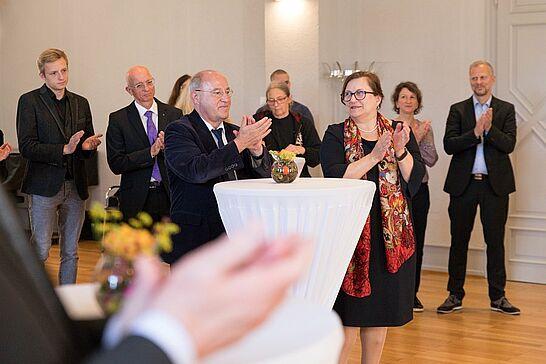 Oktober - Anfang Oktober läuft Durlach immer 10 Kilometer, der Karlsruher Tourismustag war zu Gast in Durlach und Reverend Vipassi als Stadtdenker auch. (8 Galerien)