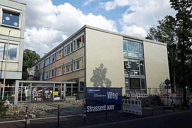 Hauptgebäude der Schloss-Schule Durlach. Foto: cg