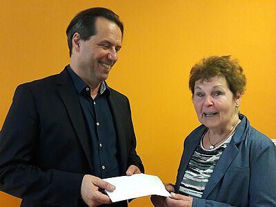 Großzügige Spende für den Gerald Rieger Schulfonds Durlach e.V.. Foto: pm