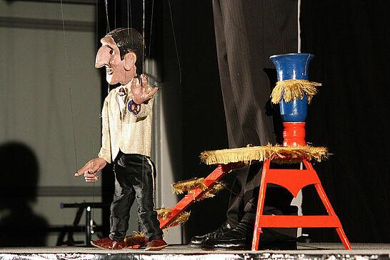 21 Durlacher Kultursommer: Stephan Blinn - Den Auftakt bestritt Stephan Blinn mit seinem Varieté-Puppenspiel...der seidene Faden zwischen Traum und Wirklichkeit. (60 Fotos)