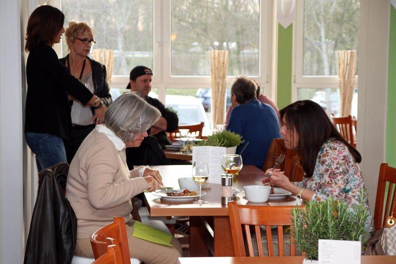 neuer ffnung aumers restaurant biergarten das online portal f r durlach. Black Bedroom Furniture Sets. Home Design Ideas