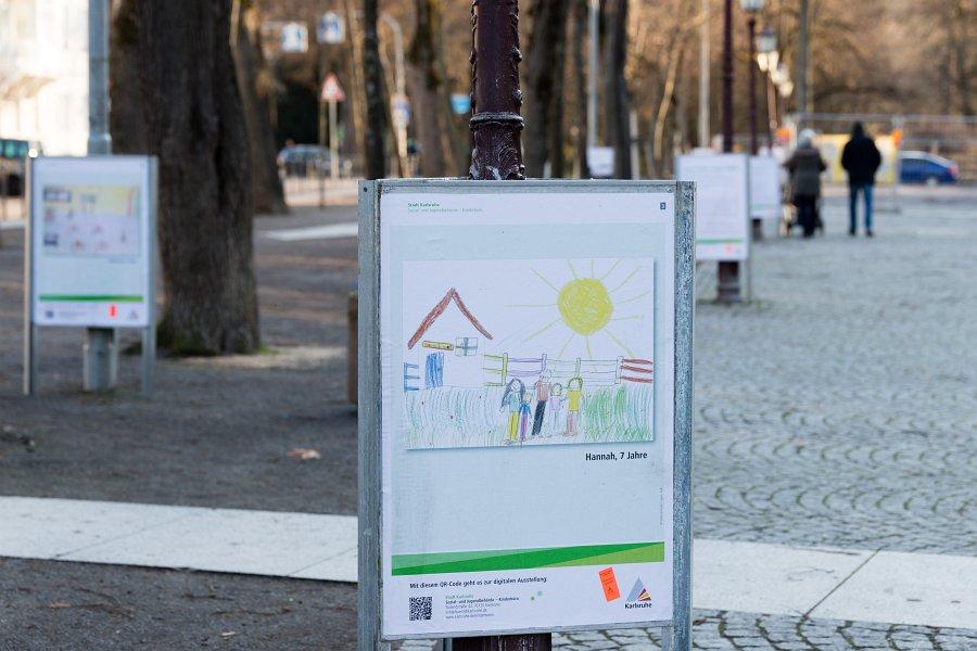 """15 Ausstellung: Corona aus Sicht von Kindern und Jugendlichen - Die digital-urbane Ausstellung """"Deine Stadt - Deine Rechte. Corona aus Sicht von Kindern und Jugendlichen"""" – auch in Durlach. (17 Fotos)"""